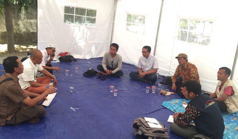 Upaya Mencintai Lombok